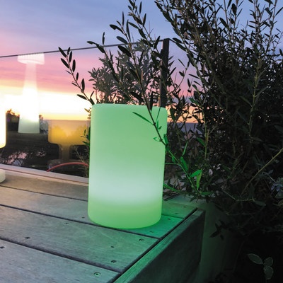Lampada da tavolo ALTY C24 H24cm, in resina, LED integrato IP67: protetto dagli effetti dell'immersione