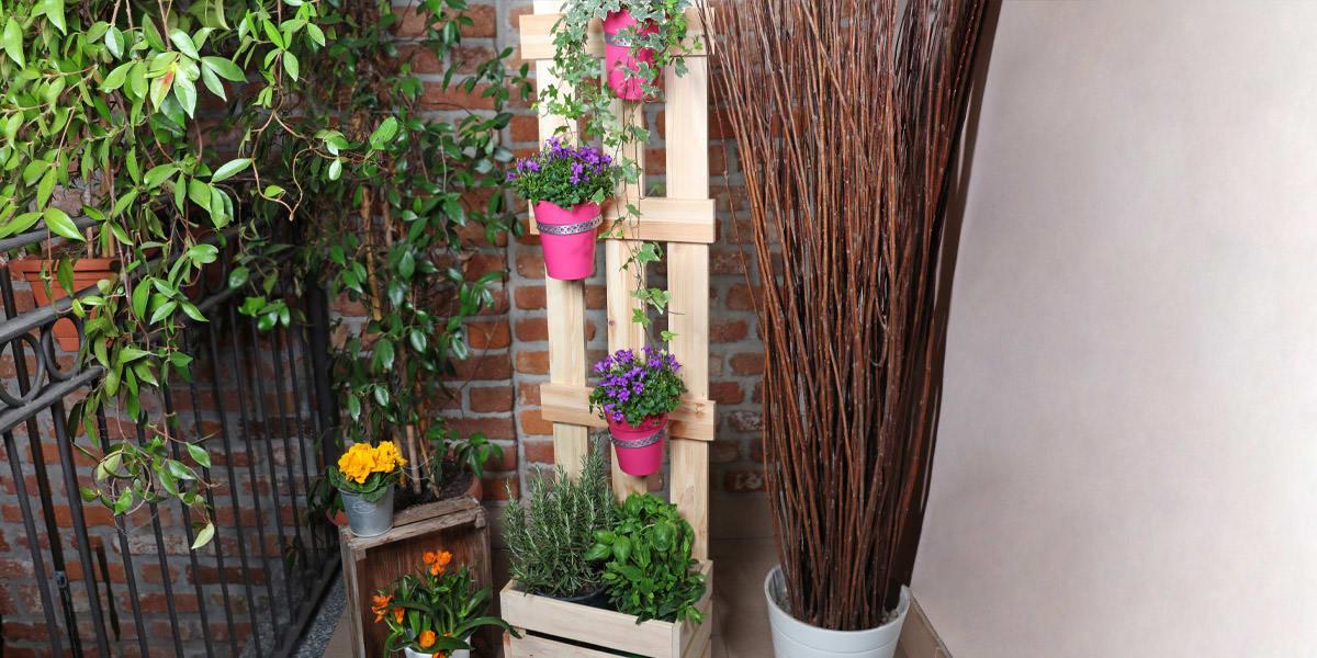 realizzare-una-fioriera-salvaspazio-in-legno