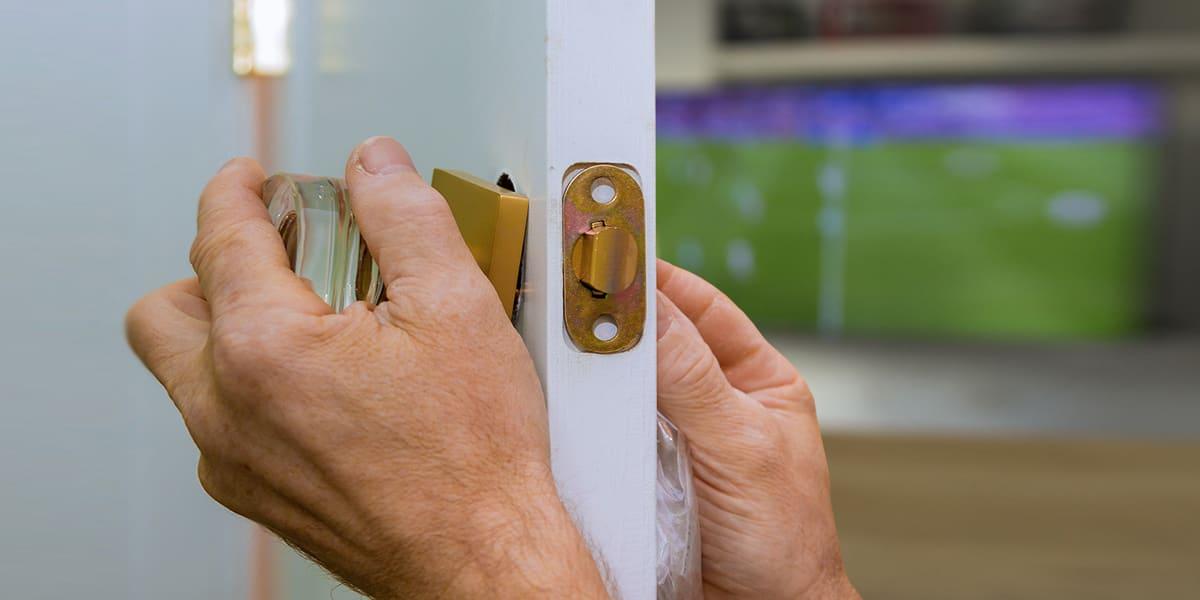 rinnovare-o-montare-una-porta-da-interno