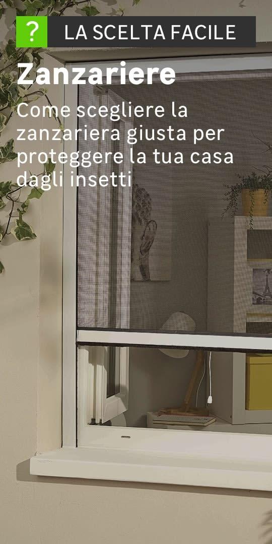 Dettaglio di una finestra dotata di zanzariera