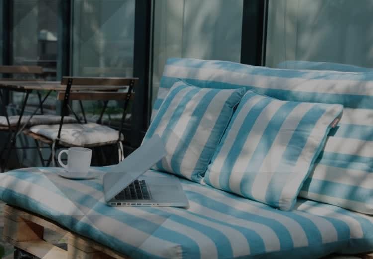 Tutorial: come costruire un divano con i pallet