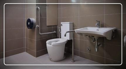Bagno per i disabili in sicurezza: la scelta facile