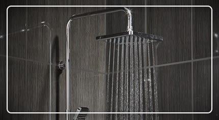 Colonne doccia, pannelli idromassaggio e saliscendi: la scelta facile