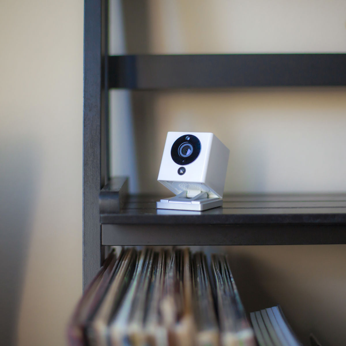 Kit di videosorveglianza wireless e con fili: prezzi e offerte