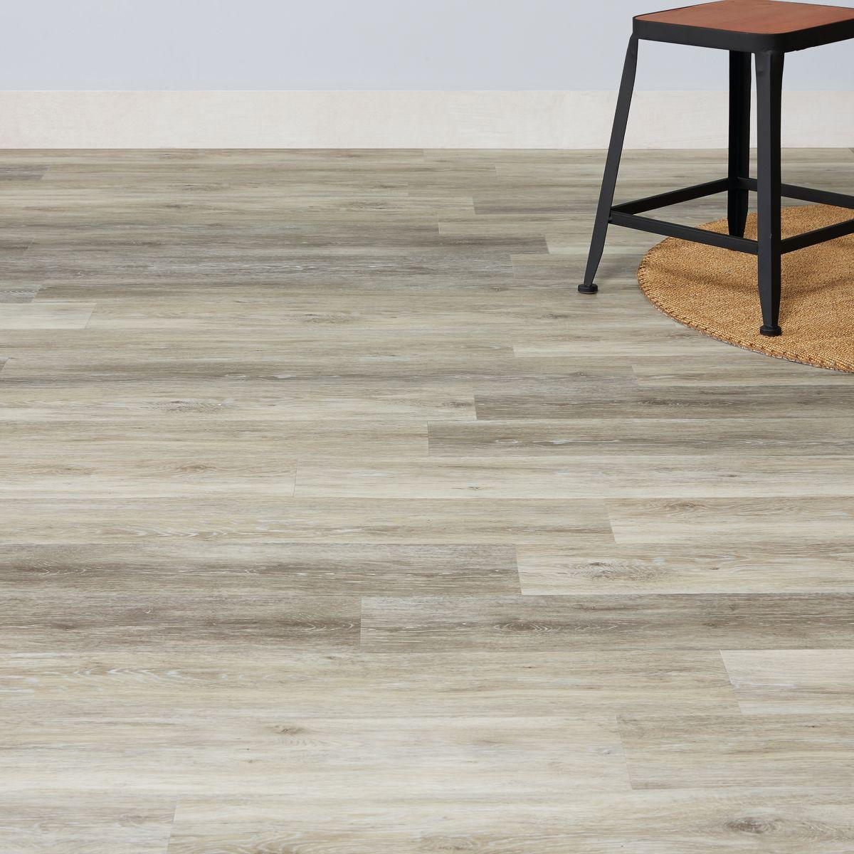 Posa pavimento pvc parquet flottante prezzi pavimento for Pavimento vinilico adesivo leroy merlin