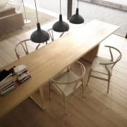 Come luce sul tavolo