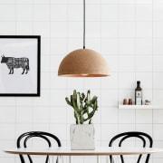 A quale altezza posizionare il lampadario rispetto al tavolo?