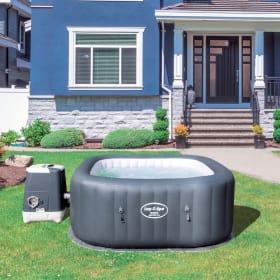 Come scegliere le dimensioni di una piscina idromassaggio da esterno