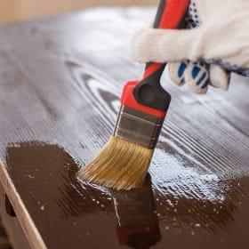 Quello che serve per la colorazione del legno