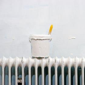 Dipingere i termosifoni: quale vernice usare?