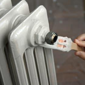 Come scegliere il colore per verniciare i termosifoni