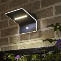 Applique Kiana LED integrato argento, 4.4W 300LM IP44 INSPIRE