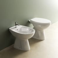 Coppia sanitari pavimento distanziato Idyl IDEAL STANDARD