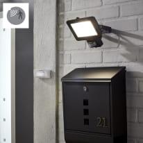 Proiettore led integrato con sensore di movimento Yonkers 1950Lm 100W= 30 W