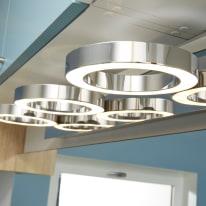 Barra a 3 luci Inspire Circey cromo LED integrato