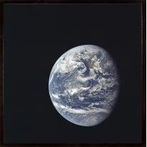 Stampa incorniciata Enigmatic Earth 30 x 30 cm