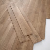 Pavimento laminato Isnos Sp 10 mm marrone