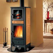 Stufa a legna con forno Sara 8 kW terra oriente