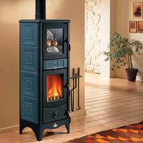 Stufa a legna con forno Maddalena 6.2 kW blu