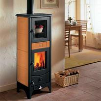 Stufa a legna con forno Maddalena 6.2 kW terra oriente