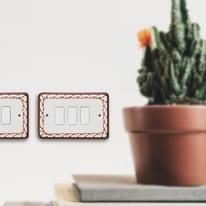 Placca 3 moduli bianco, marrone compatibile con 8000