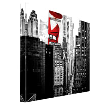 Quadro su tela Building Red Girl 65x65 cm