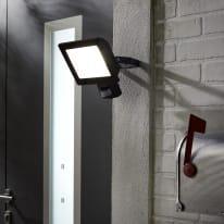 Proiettore LED integrato con sensore di movimento Yonkers in alluminio, antracite, 50W 3250LM IP44 INSPIRE
