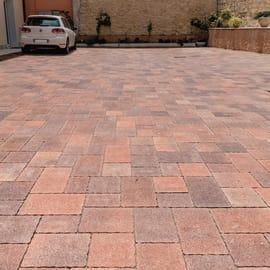 Pavimenti in cemento per esterni prezzi e offerte for Salottini da esterno offerte