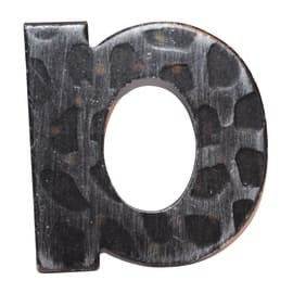 Lettera civica in ferro