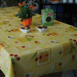 Tovaglia plastificata Ciliegie giallo 160 x 140 cm