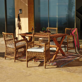 Set tavolo e sedie Tanzania marrone