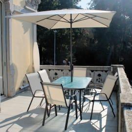 Set tavolo e sedie con ombrellone Oristano