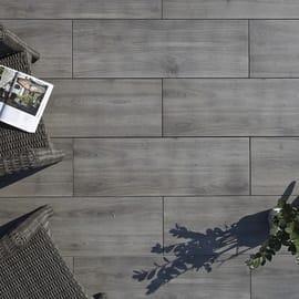 Pavimenti In Plastica Per Terrazzi.Pavimenti In Legno E Plastica Per Esterni Leroy Merlin