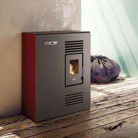 Stufa a pellet ventilata Tina 4.5 kW rosso