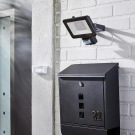 Proiettore LED integrato Yonkers in alluminio, nero, 30W 1950LM IP44 INSPIRE