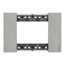 Placca BTICINO Living Now 3 moduli acciaio