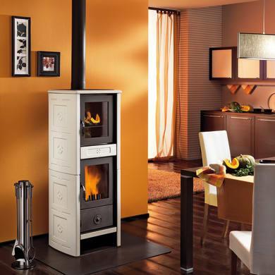 Stufa a legna con forno SUPERIOR Morena 6.2 kW sale pepe