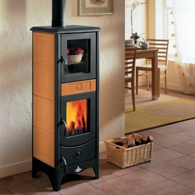 Stufa a legna con forno SUPERIOR Maddalena 6.2 kW terra oriente