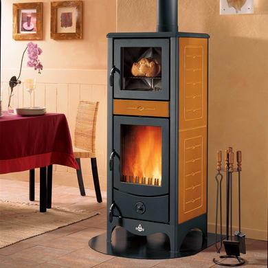 Stufa a legna con forno SUPERIOR Simona 8 kW terra oriente