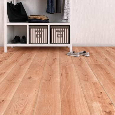 Pavimento laminato Vinto Sp 8 mm marrone