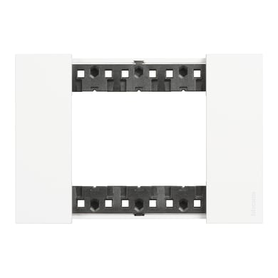 Placca BTICINO Living Now 3 moduli bianco
