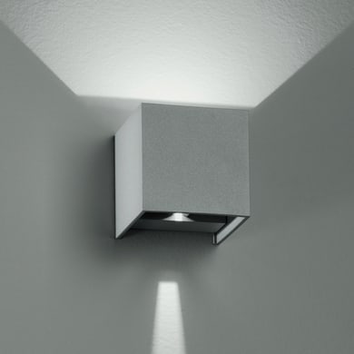 Applique Alfa LED integrato in alluminio, grigio metallizzato, 6W 500LM IP54