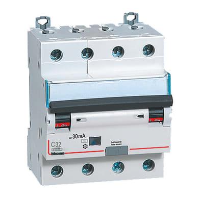 Interruttore magnetotermico differenziale BTICINO GA8843AC32 4 poli 32A 4.5kA 30mA AC 4 moduli 380V