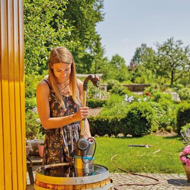 Pompa per l'irrigazione dal barile GARDENA 4700/2 550 W 4700.0  l/h