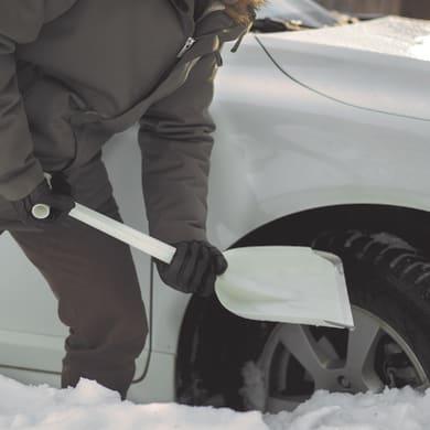 Pala da neve in plastica FISKARS 63 cm
