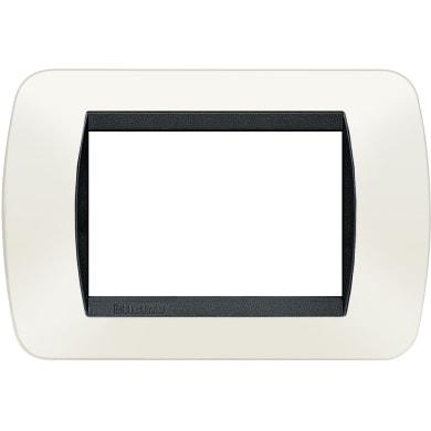 Placca BTICINO Living International 3 moduli bianco