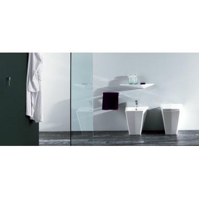 Vaso wc a pavimento filo muro crystal