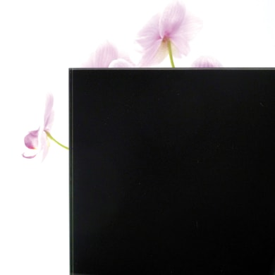 Vetro extrachiaro acidato verniciato nero Sp 6 mm