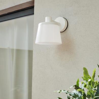 Applique Ayos in plastica, bianco, E27 MAX25W IP44 INSPIRE