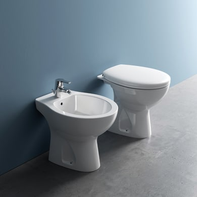 Coppia sanitari pavimento distanziato Miky New IDEAL STANDARD